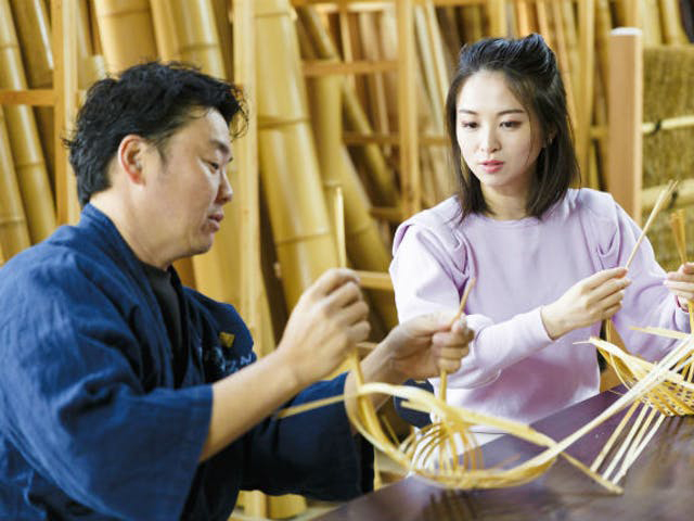 Experience of making various kind of traditional Japanese crafts